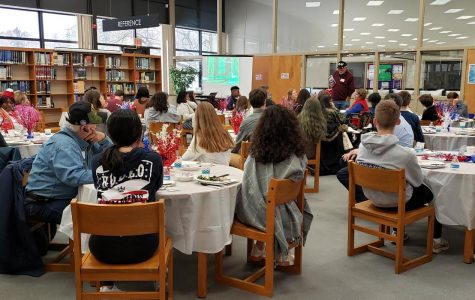 Veterans' luncheon lets students learn about the sacrifice of serving
