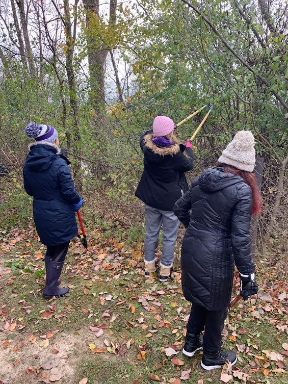 Volunteer cleanup at Pioneer Pond brings back hope