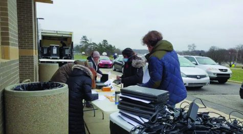 Pioneer Varsity Women's Crew Team Prepares For Spring Season