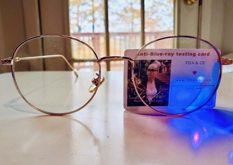 Most blue light glasses come with a kit that allows you to test their effectiveness.